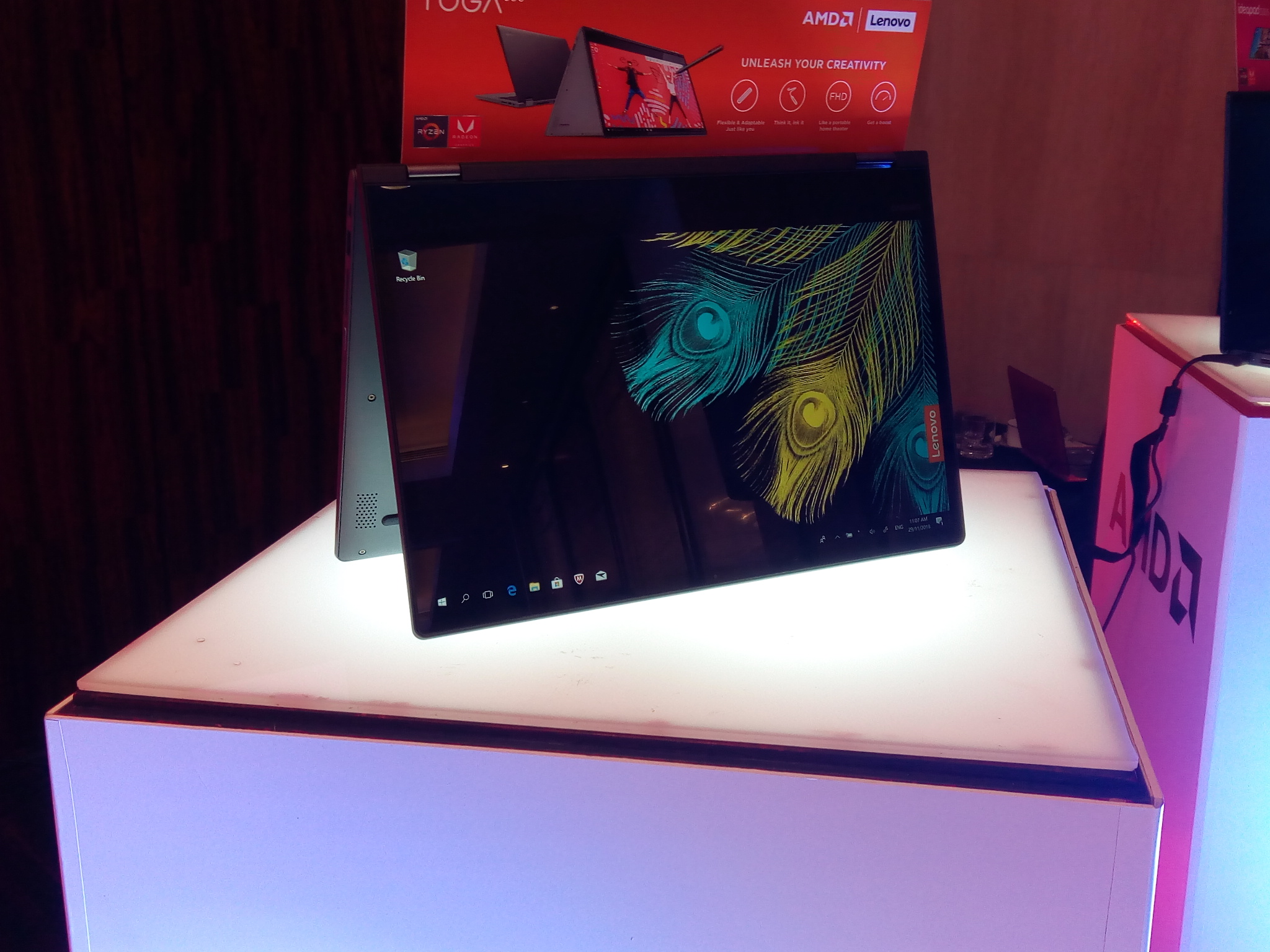 Lenovo strengthens PH product line, launches new AMD-powered laptops