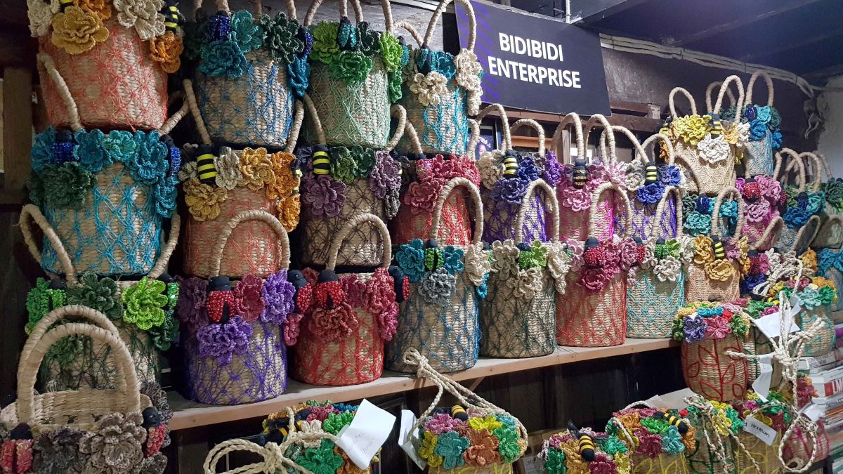 Bicolana Artist Helps Popularize Craft Making Using Seagrass in Camarines Sur