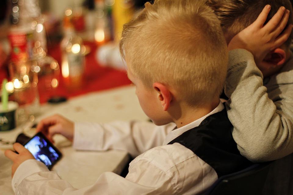 Online Threats against PHL Homes Increase; Children in Danger
