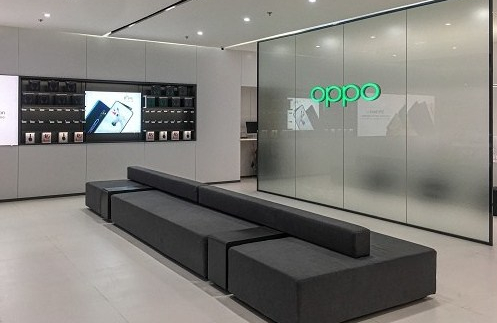 OPPO Opens Grandest Super Experience Store at Ayala Malls